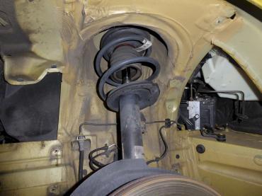 BMW Z4 Unterbodenschutz vorher