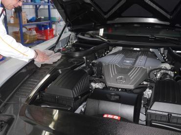 Handwaesche Trocknen Lackaufbereitung Muenchen Mercedes Sls 12
