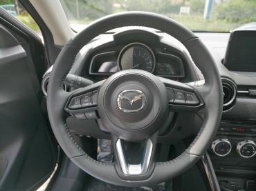 Mazda 2 KIZOKU 2018 Lenkrad
