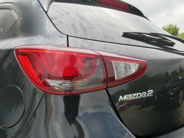 Mazda 2 KIZOKU 2018 Onyxschwarz Rücklicht