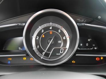 Mazda CX-3 Muenchen bei Auto Till - Cockpit