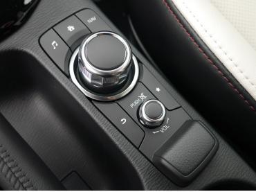 Mazda Cx 3 Muenchen Multi Commander Auto Till