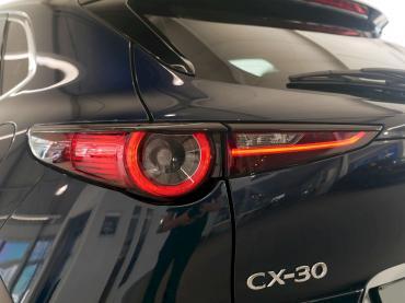 Mazda CX-30 Selection Mitternachtsblau metallic Heckscheinwerfer
