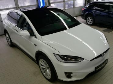 Nanoversiegelung Tesla X 90d Front Schraeg