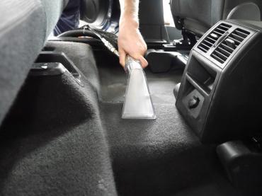 Polsterreinigung Autopflege Muenchen Opel 08